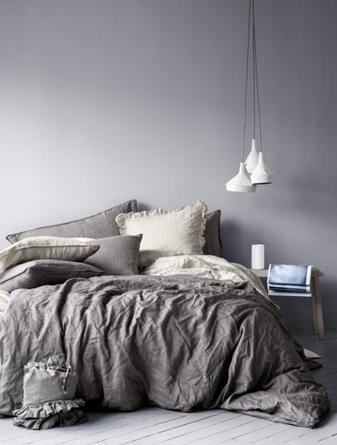 Bedroom Pillows Decorative Color Schemes