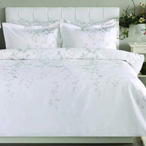White Bedding Set Made Of High Quality Cotton, Satin Bedding Fabrics