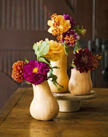Small Gourds Vases With Fall Flowers Beautiful Thanksgiving Table Centerpieces