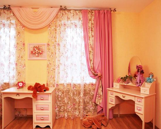 33 creative window treatments for kids room decorating for Kids bedroom window treatments