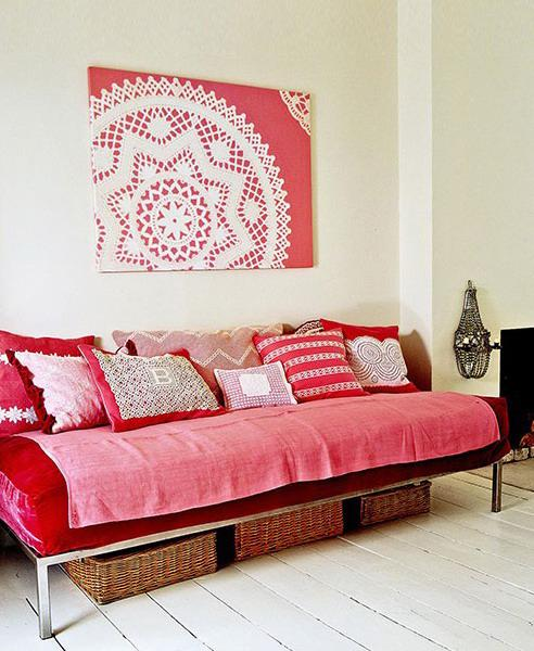 30 Creative Ways To Use Lace Fabrics And Patterns For Room Decorating