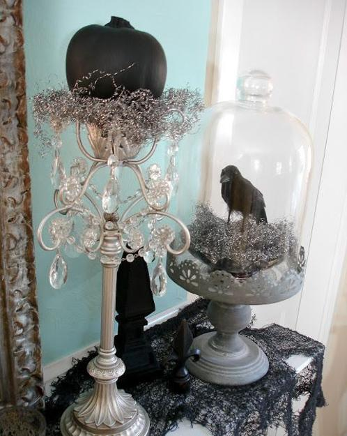 black n white halloween decorations in vintage style - Vintage Style Halloween Decorations