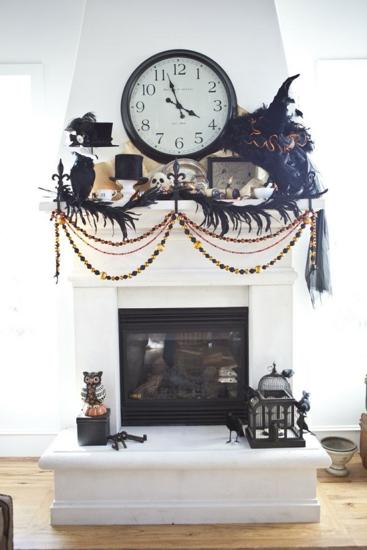 black and white fireplace decorating ideas black bats and black ribbons vintage halloween decorations - Vintage Style Halloween Decorations
