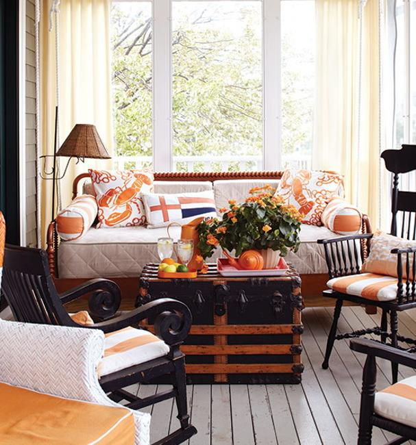 40 Ways To Enhance Room Decor With Chests And Trunks In