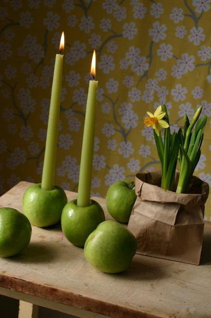 Creative Candles Centerpieces Made With Green Apples