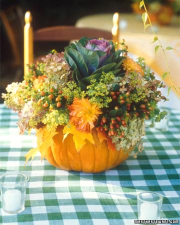 25 simple fall decorating ideas and fun fall crafts for - Simple fall centerpiece ideas ...