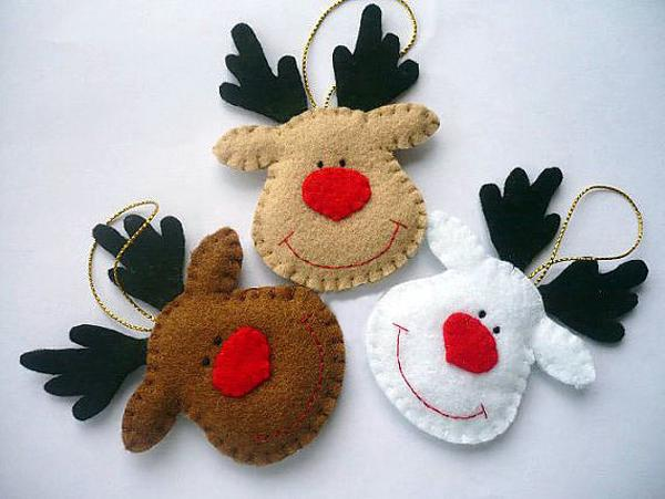 22 felt christmas crafts homemade christmas tree decorations - How to make felt christmas decorations ...