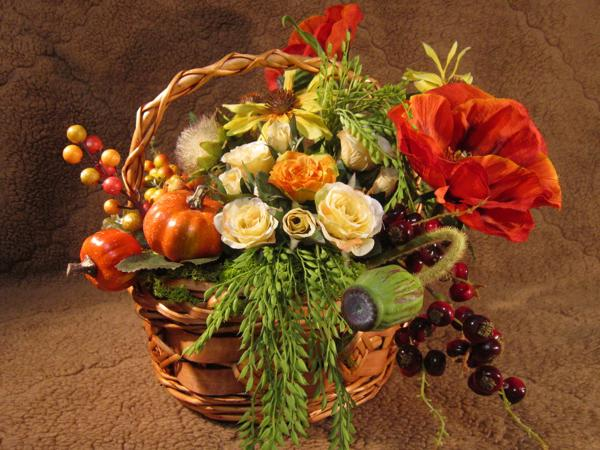Fall flower arrangements thanksgiving table