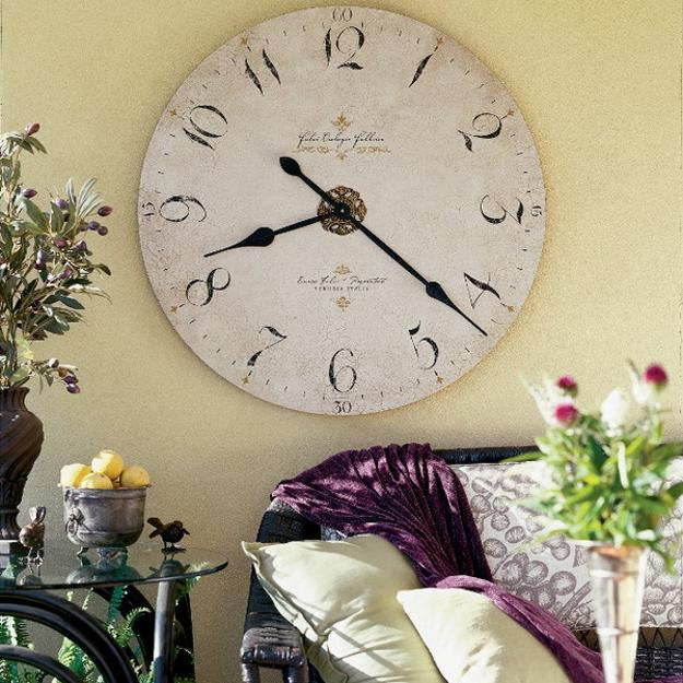 25 ideas for modern interior with huge wall clocks
