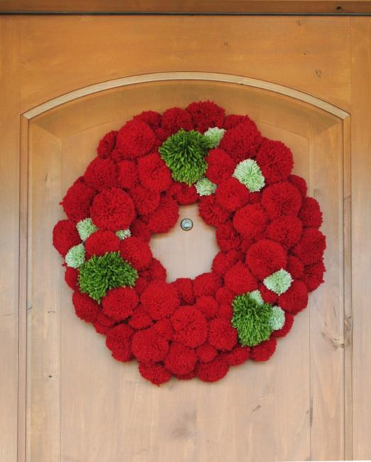 30 christmas decorating ideas with pompoms simple and for Christmas decoration craft ideas