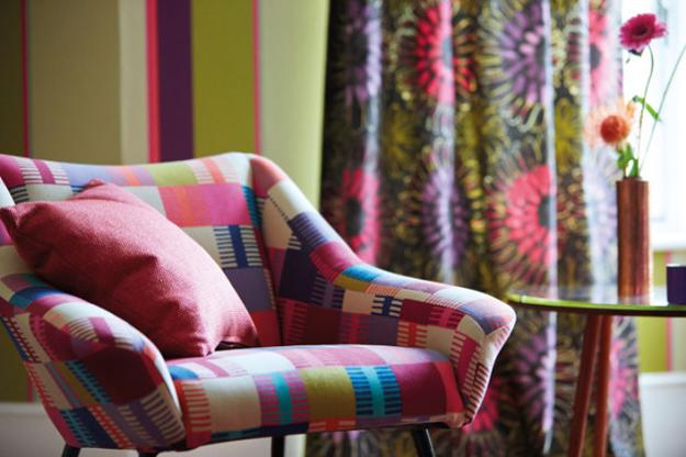 Beautiful wallpapers and home fabrics adding colorful for Wallpaper home fabrics