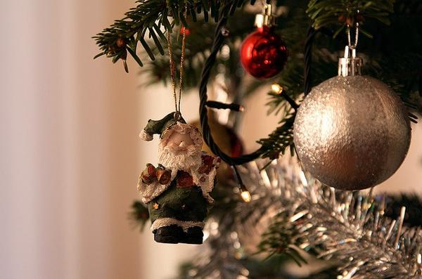 Upside down christmas tree and decorations in conventional - Traditional german christmas tree decorations ...