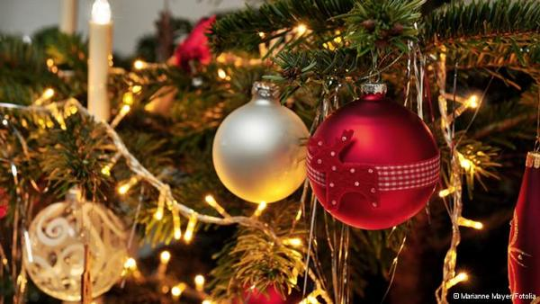holiday decorating holiday decorating ideas for your home splurge