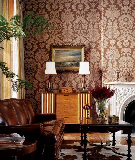 Fabulous decorative patterns adding interest to modern for Damask wallpaper living room ideas