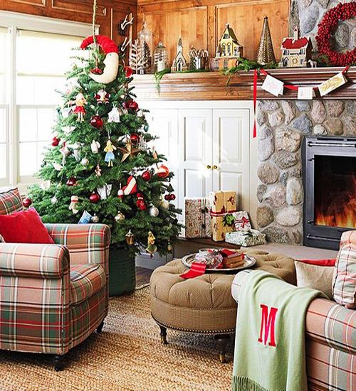 Elegant And Neutral Christmas Foyer: Merry Christmas Decorating Ideas For Living Rooms And
