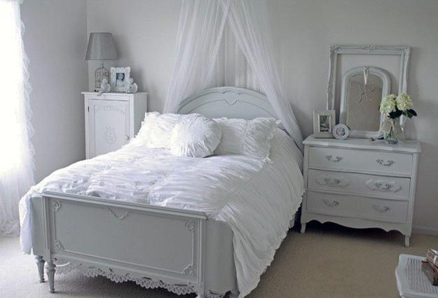 Modern bedroom decorating ideas in provencal style for French style bedroom furniture