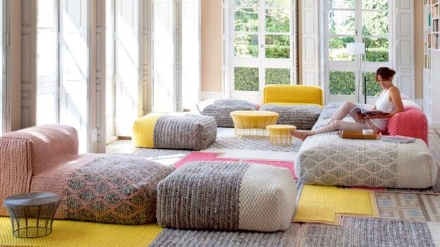 20 Interior Decorating Ideas to Bring Yellow Color and Sunny Look