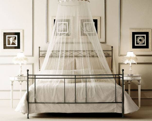 Metal Bed Frame And Canopy With Sheer Fabric