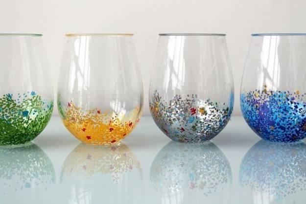 3 Simple Glass Painting Designs Created With Colorful Dots And Lines