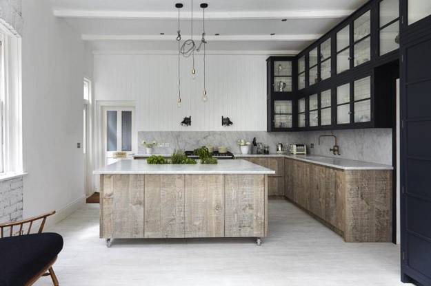 Neutral colors and rustic wood texture creating elegant for Comedor industrial pdf