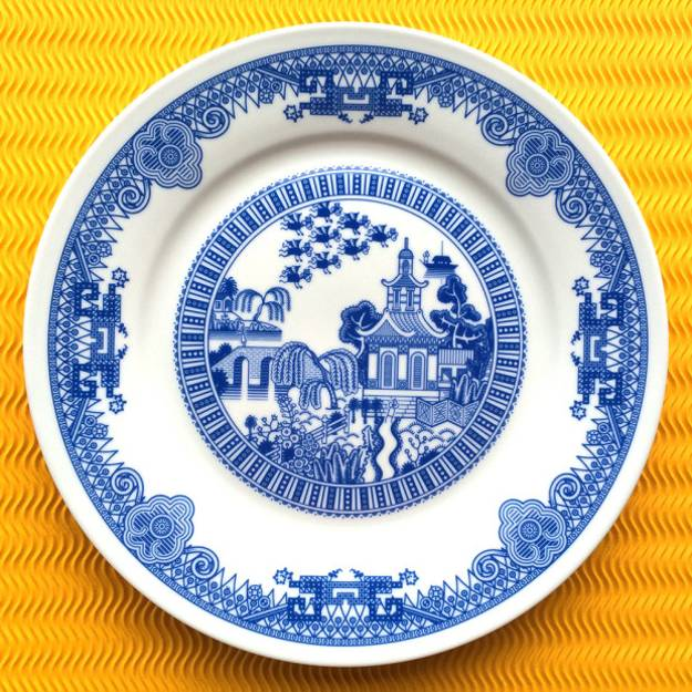 hand painted plates, home decorations in white and blue colors