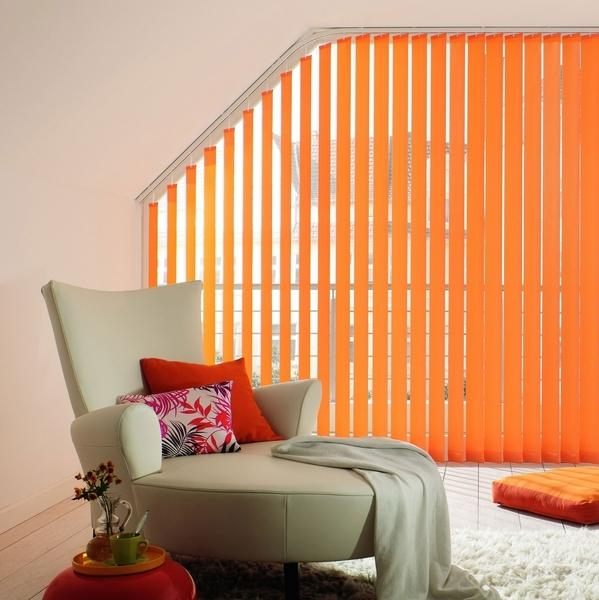 Decorating With Stripes For A Stylish Room: Modern Room Decor With Vertical Stripes, 20 Room