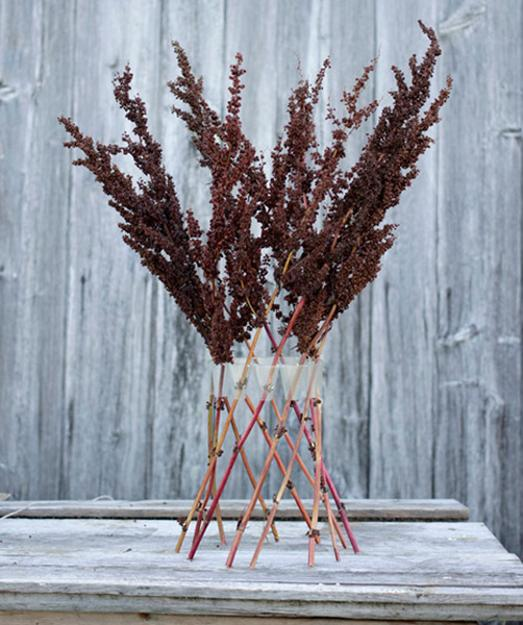 decorative accessories, vases doe floral arrangements and table centerpieces with branches
