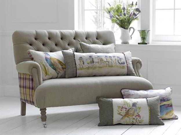 Classic english country style decor ideas and home furnishings for Home accents furniture