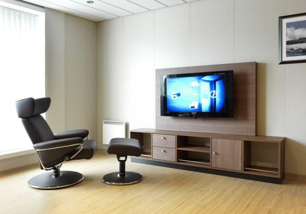 Ergonomic Interior Decorating with Comfortable Modern ...