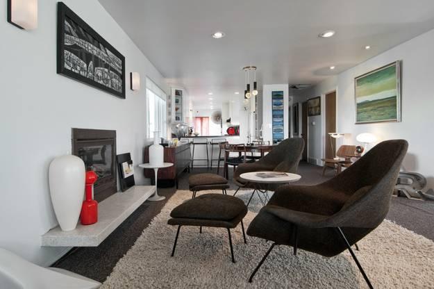 Ergonomic Interior Decorating with fortable Modern
