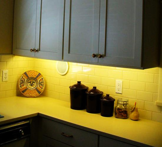 20 Modern Kitchens Decorated In Yellow And Green Colors: Black And Yellow Color Schemes For Modern Kitchen Decor