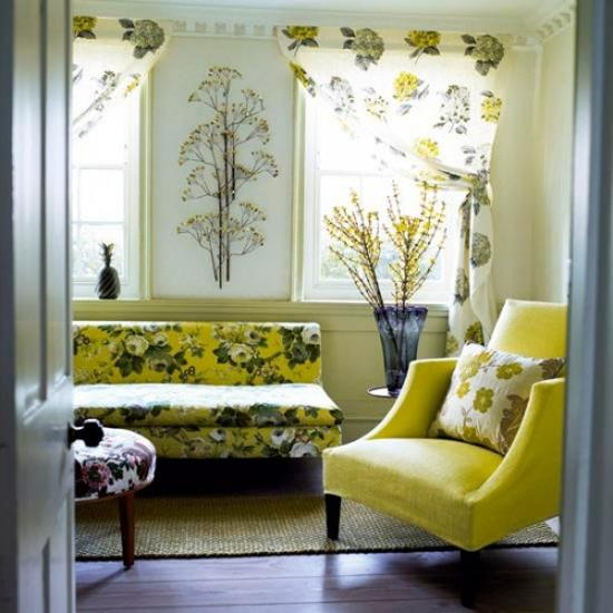 living room decor in yellowish green colors