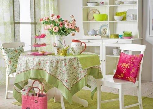 dining room decorating in light green colors