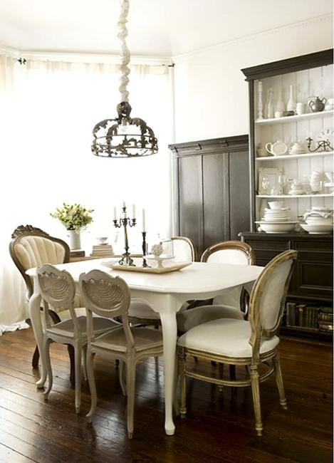 Elegant Classic Dining Furniture, White Dinnerware And Window Curtains, Classic Dining  Room Decorating Ideas In Vintage Style