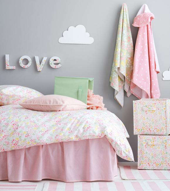 Light Pink Yellow Creamy White And Green Colors For Toddler Bedroom Decor