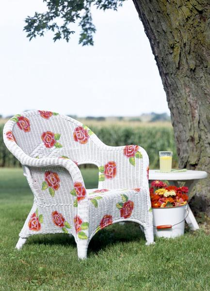 Painting suggestions for outdoor furniture and interior for Outdoor furniture paint colors