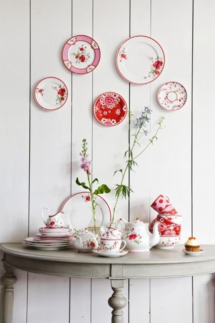 Wall Of Plates Decor : Modern wall decor ideas using decorative plates