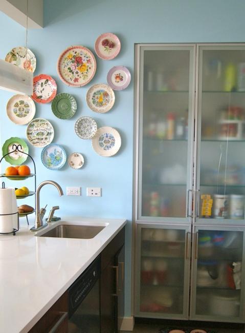 Hand Mirror Decorating Ideas