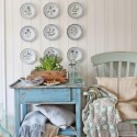 creative room decorating ideas, decorative plates for empty walls