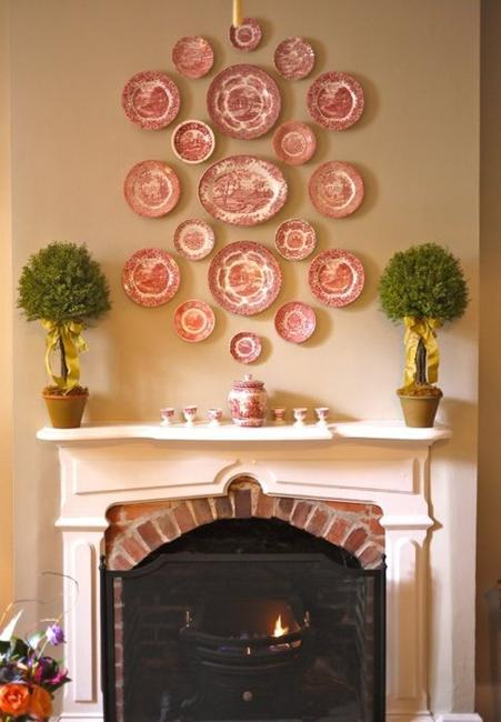 creative room decorating ideas decorative plates for empty walls