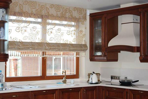 Popular Modern kitchen decor with fabric roman shades