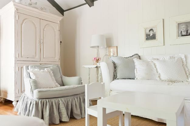 Shabby Chic Colors For 2015 : Pastel colors and creativity turning rooms into modern shabby chic