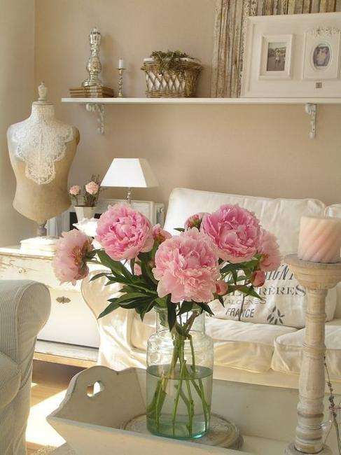 Exceptionnel White Decorating Ideas And Fresh Flowers, Shabby Chic Ideas For Interior  Decorating