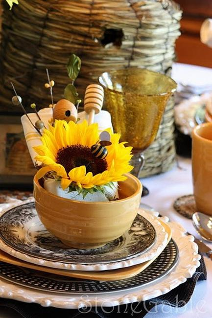 30 Sunflowers Table Centerpieces Adding Sunny Yellow Color To Table Decoration