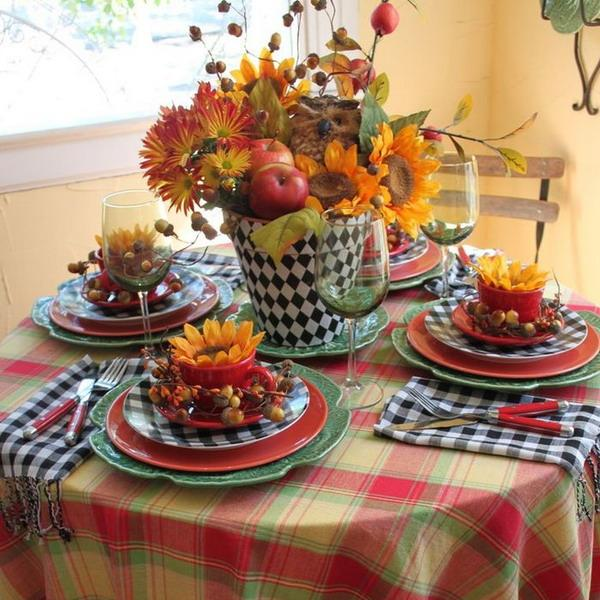 Small Kitchen Table Decor Centerpiece