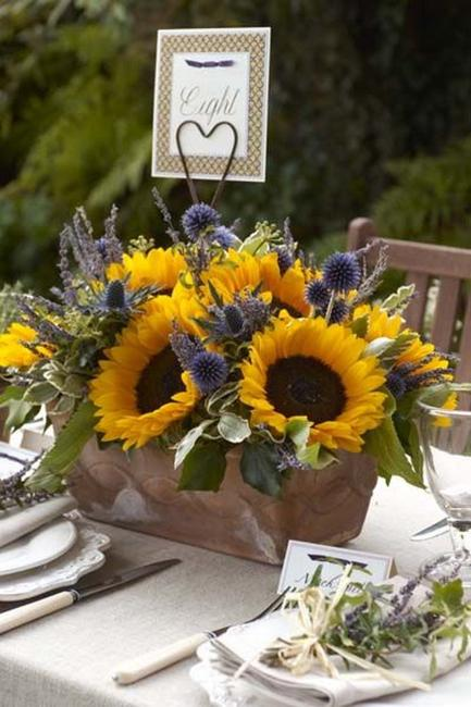 30 Sunflowers Table Centerpieces Adding Sunny Yellow Color