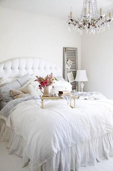 large mirrors and white decorating ideas airy bedroom design