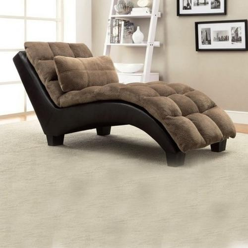 Modern day living area furnishings property decor season for Modern day living room