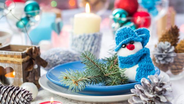 simple craft ideas for winter decorating and holiday table centerpieces