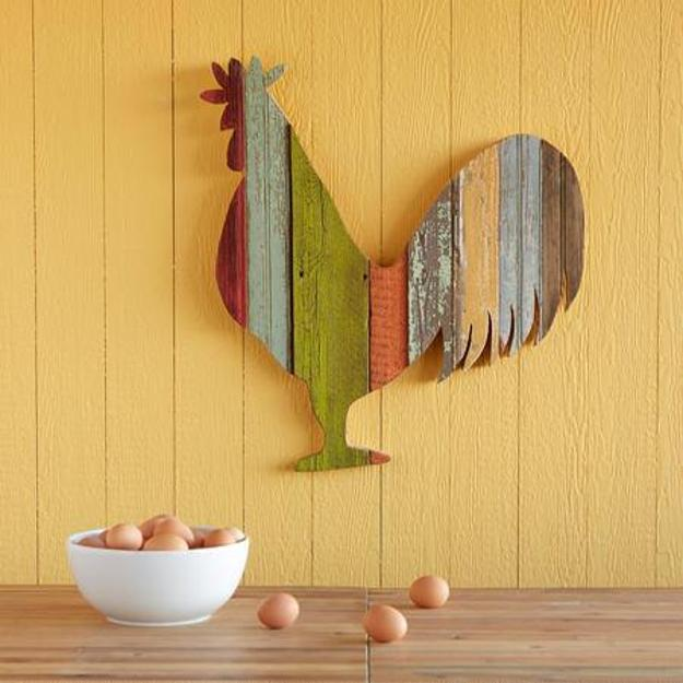 Wood crafts ideas charming roosters to jazz up room decor for Wood for crafts projects